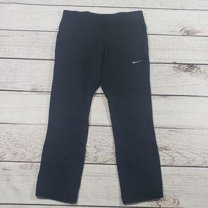 Nike womens solid black capri leggings size small